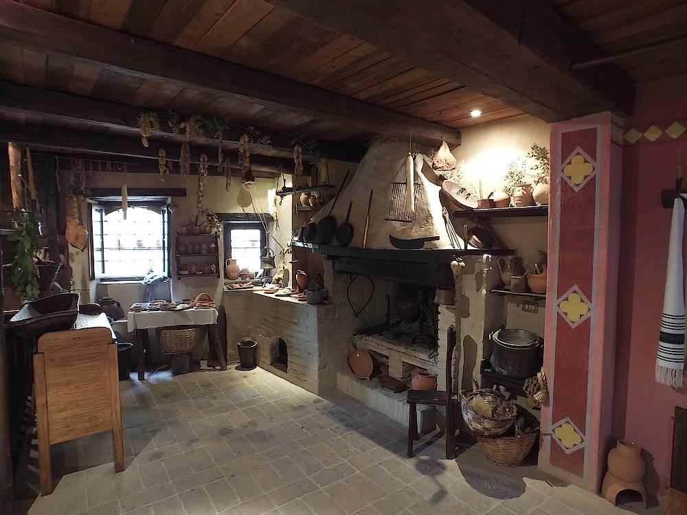 casa medievale bevagna pg
