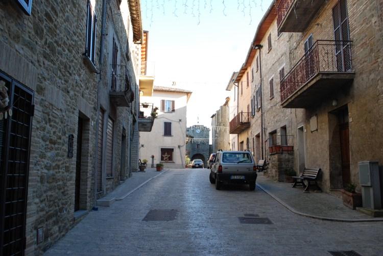 Castello di casacastalda valfabbrica pg for Disegni casa castello