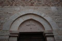 11a Arcata del portale con croce
