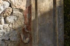 87b Resti di affreschi e di decorazione
