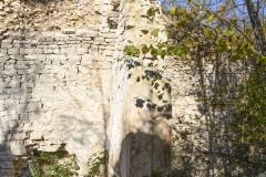 87c Resti di affreschi e di decorazione