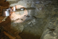 21 Grotta eremitica
