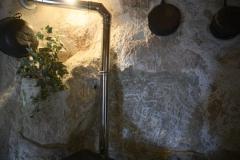 30 Parete della grotta eremitica