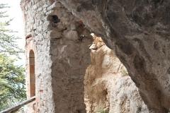 42 Accesso alla grotta principale