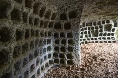 44 Grotta dei Quadratini