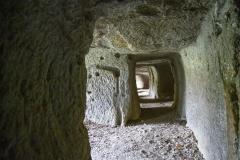 74 Grotta dei Finestroni