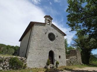 abbazia di santa maria di agello - gualdo cattaneo 02