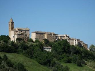 Castello di Moregnano - Petritoli (FM)