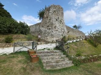 castello san benedetto 03