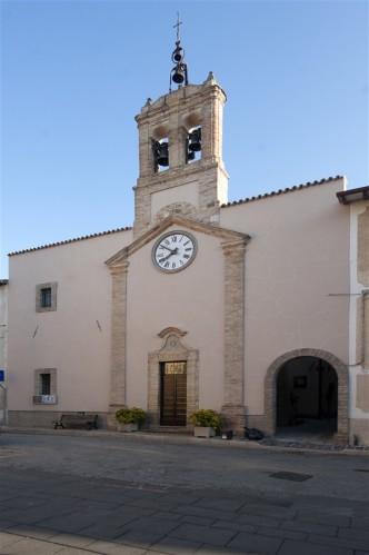 15 Chiesa del Santissimo Crocifisso e accesso al Castello