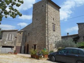 02 Castello di Cerqueto
