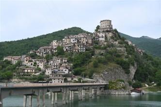 04 Castel di Tora